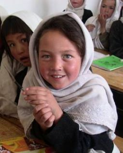 http://www.gfbv.it/3dossier/asia/afghan/afghan-colav-img/2005-4.jpg